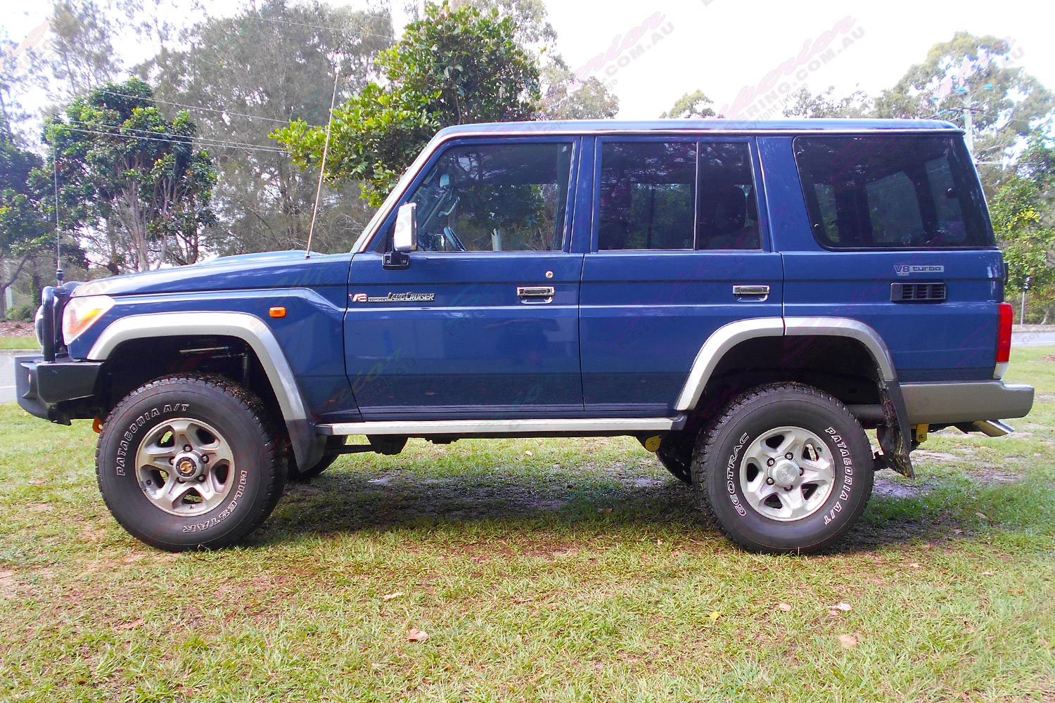 Toyota Landcruiser 76 Series Wagon Blue 51199 Superior Customer Land Cruiser Lift Kit Left Side View Of A Fitted With Remote