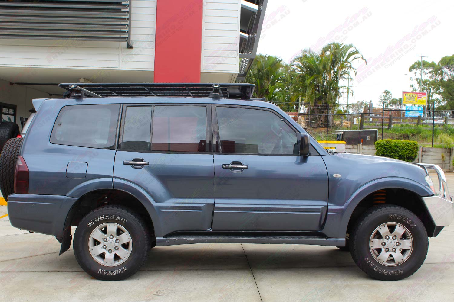 Mitsubishi Pajero Np Wagon Grey 70616 Superior Customer